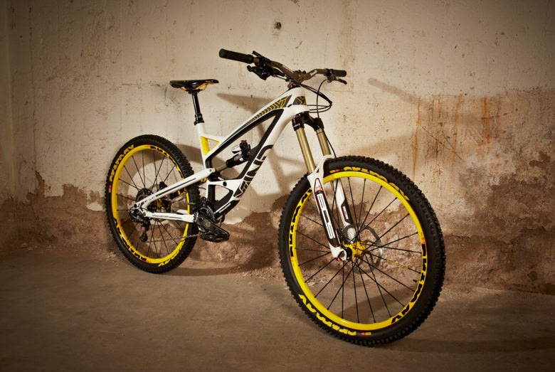 A racers dream for 3.999 Euros? - The YT Industries Capra Pro