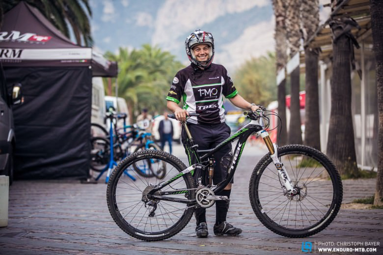 Our current EWS champion, Tracy Moseley chooses to ride a unisex model