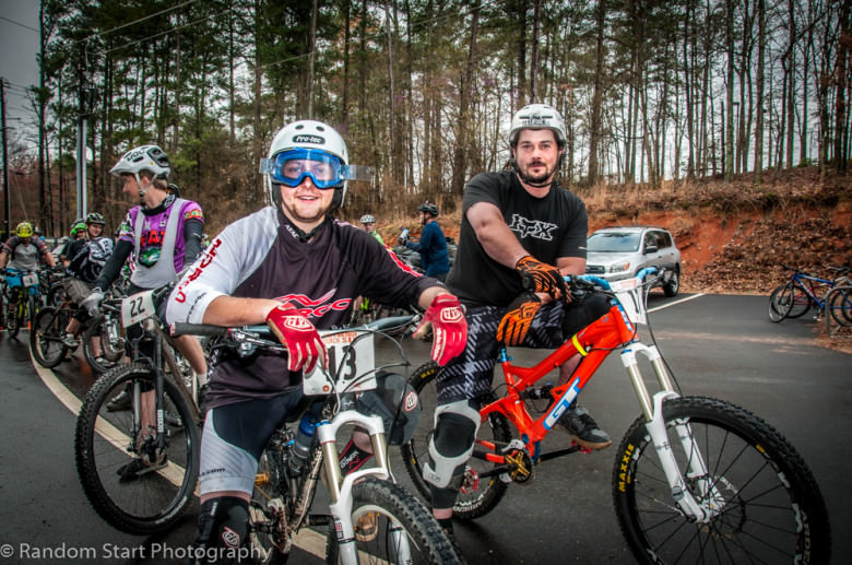 Ethan Quehl (Norco/Maxxis/Fox) and Kevin Schmenk (Deity Components) ready for Stage 1 – Troll Trail in the Expert Men category.