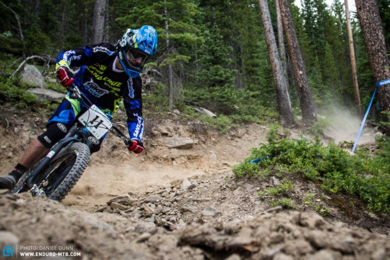 Cedric Gracia has been major injury free all year, and having the time of his life. In the spirit of enduro, flipping his helmet visor, and wearing classic Oakley specs, he cruised to a Top 10 finish.