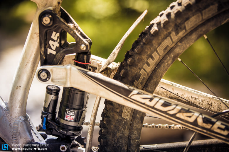 The RockShox Monarch Debon Air was added for test purposes.