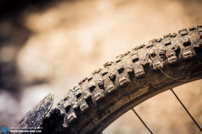 Unfortunately, the Schwalbe Hans Dampf tyres begin to fall apart after a few rides.