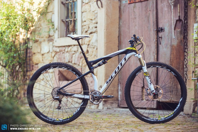 4e7b5096ba6 Back Issue | Group Test: Scott Spark 900 RC Review | ENDURO ...