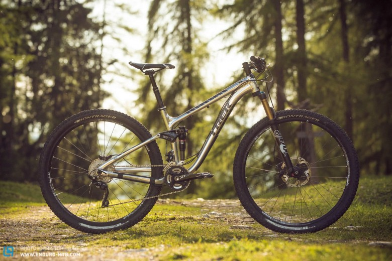 ef192c1ff62 Back Issue | Group Test: Trek Fuel EX 9 29 Review | ENDURO ...