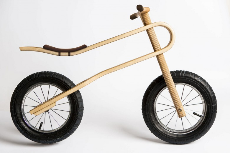 The ZumZum is a new balance bike concept, created for kids as young as 18 months. A balance bike with a unique, natural suspension system, so that youngsters can comfortably and safely learn to ride a bike in any environment.