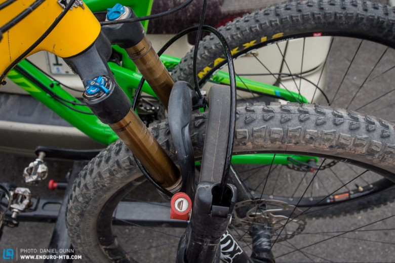 Team Tested: Yakima Holdup 2 Bike Hitch Rack