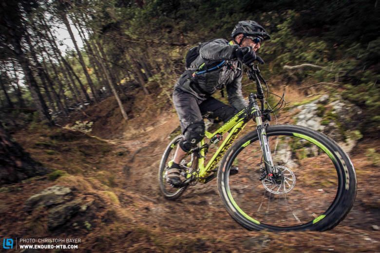 Commencal META AM V4 A la Carte (1 von 1)