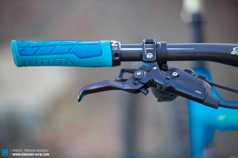 The comfy Ergon grips, once tried always a fan