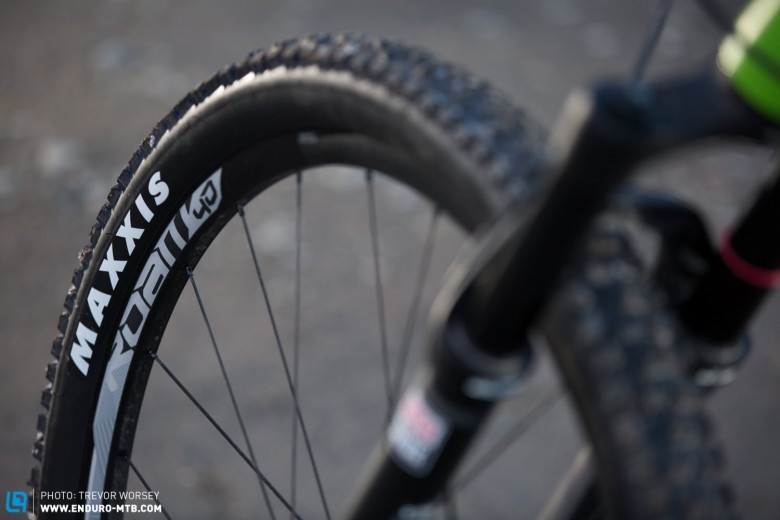 At only 1695 g the SRAM Roam 40 wheels offer high performance at a good price