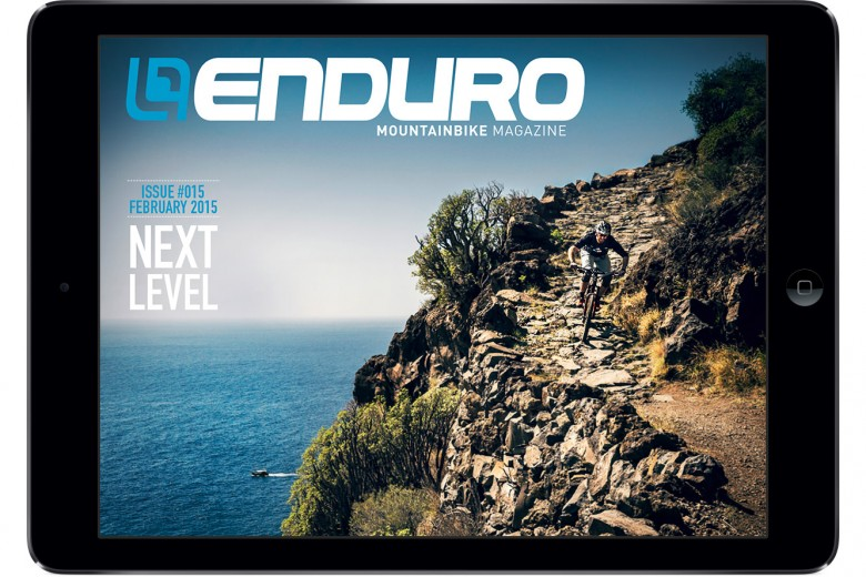 issue015-cover-in-ipad-en-teaser
