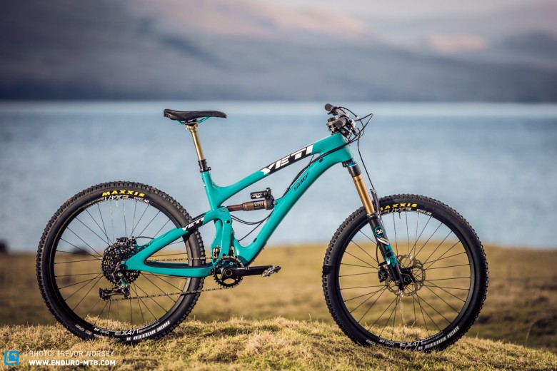 The 12.88kg 152mm travel Yeti SB6 -  so sexy it hurts. Though at £5999 it punches hard at the wallet