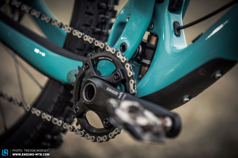 The new Fox Developed Switch Infinity technology hides behind the SRAM X1 32t Chainset