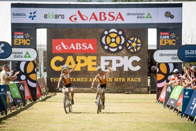 Ariane Kleinhans and Annika Langvad finished first again.