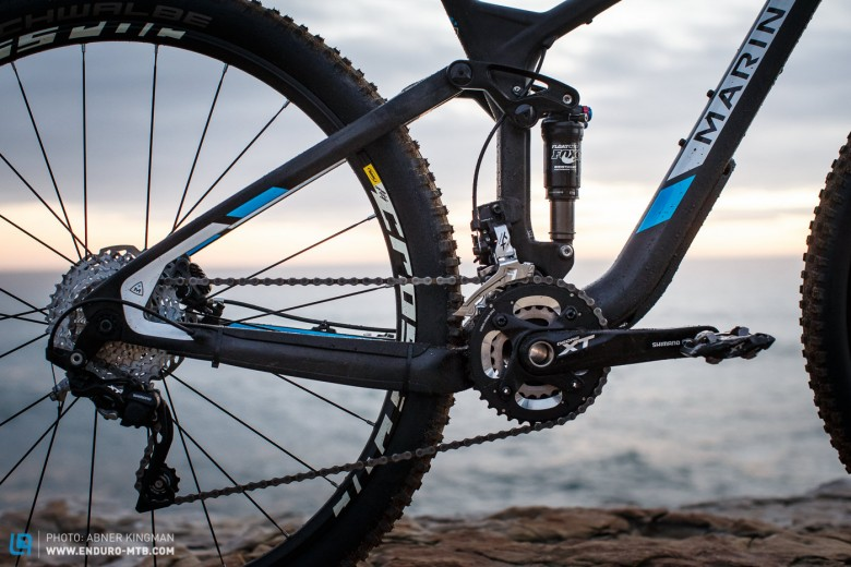 The  Shimano XT 2x10 Drivetrain provides a wider range than the 1by bikes in the test, but will be noisier and risk coming off.