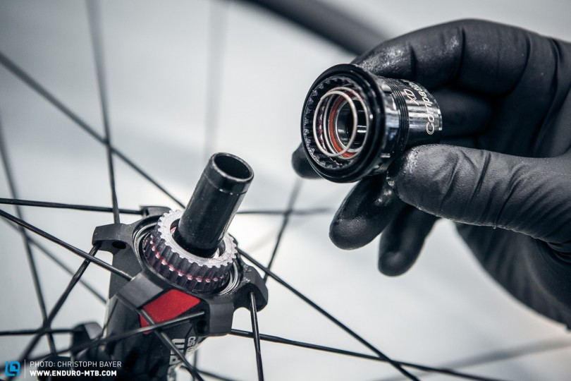 How to change the Free Hub on your Rear Wheel | ENDURO