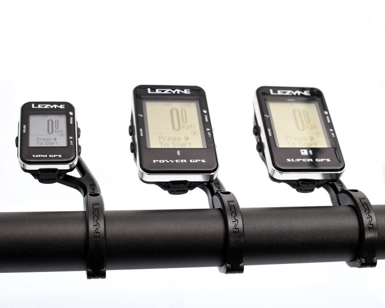 A comparison of the 3 models mounted with the forward bar mount.