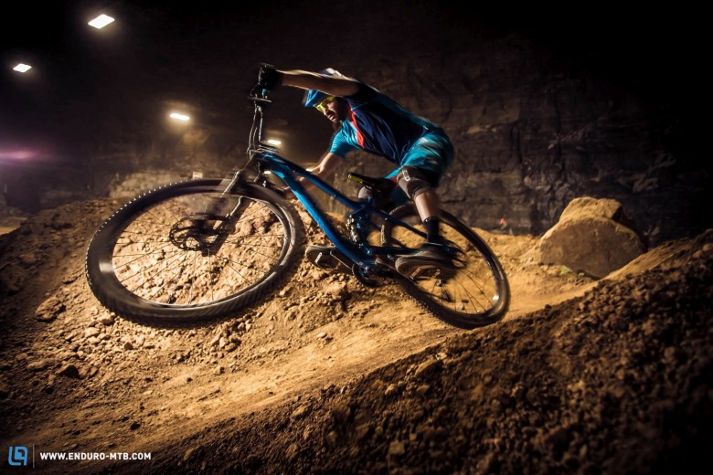 Rob makes his Canyon Spectral 29er look like a DJ bike.