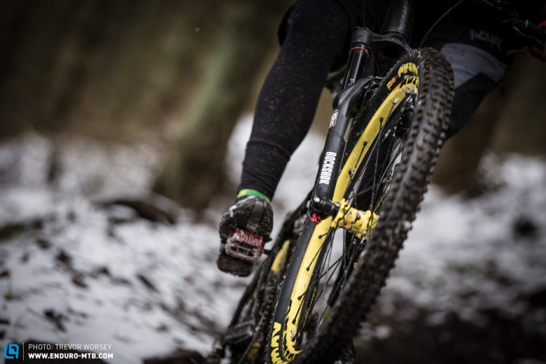 The Sommet PRO is a very balanced bike, stable on the rough but easy to manual
