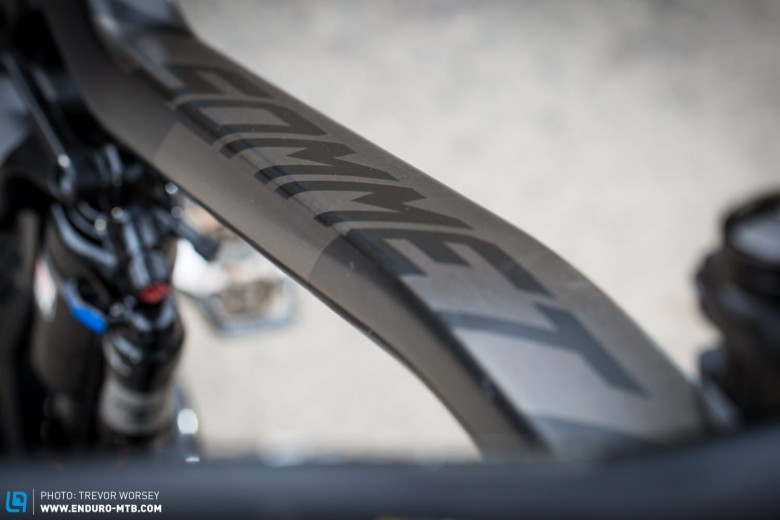 Sizing is generous with a 600mm top tube and 433.74mm reach in the medium.