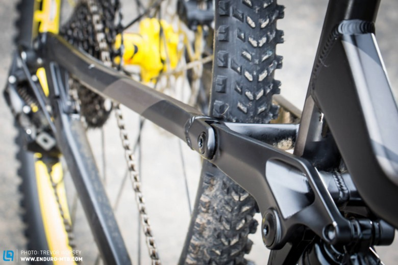 The in line pivot location, keeps pedal feedback to a minimum.