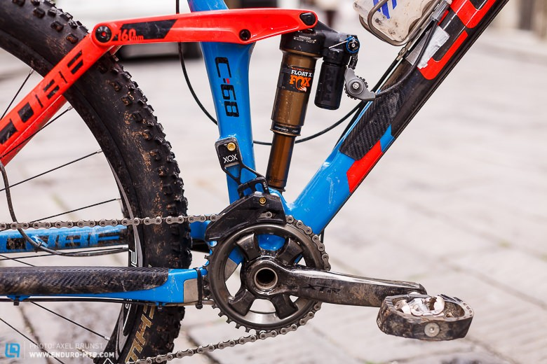 The Shimano XTR cranks with 36 tooth chainring, E*thirteen XCX+ chainguide and FOX Float X CTD shock with remote activated lockout.