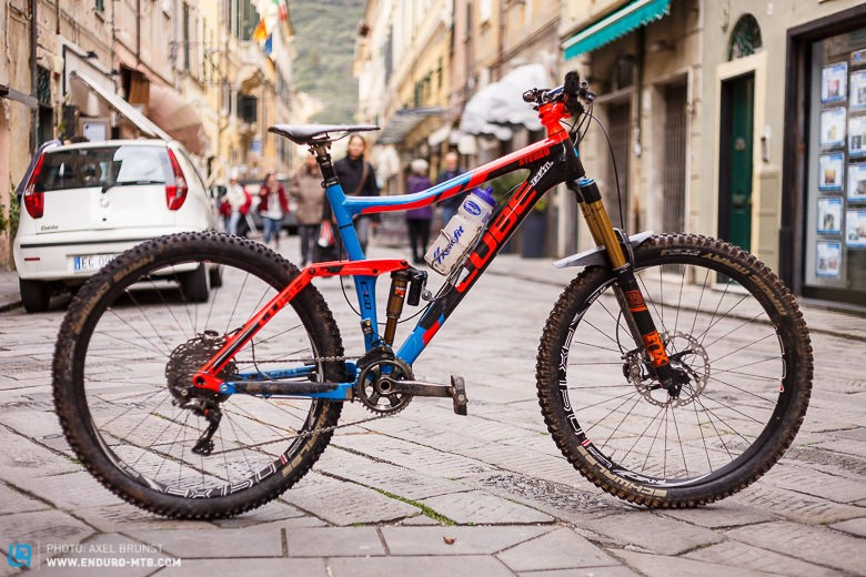 Ludwig's bike in the old town of Finale Ligure