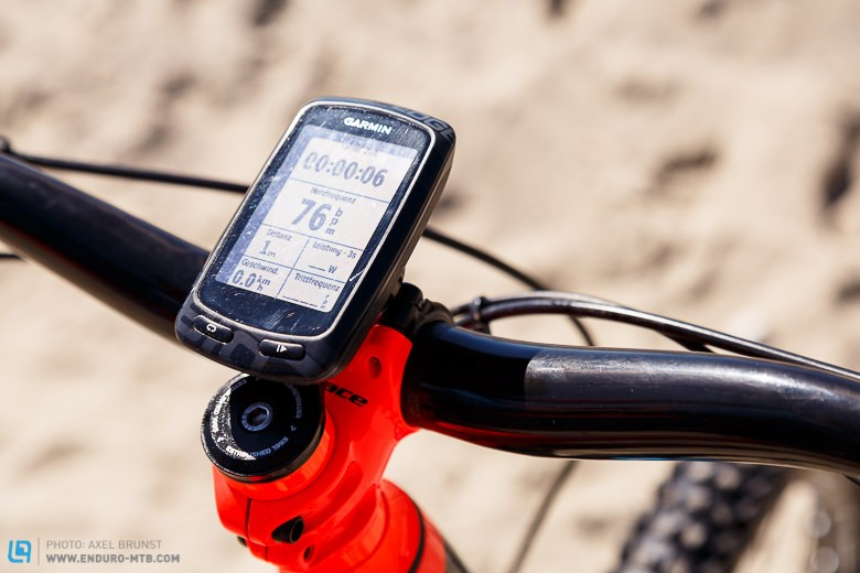 The Garmin Edge 810 GPS unit always provides a clear overview: nicely fitted here to the 40mm Syntace Megaforce stem.