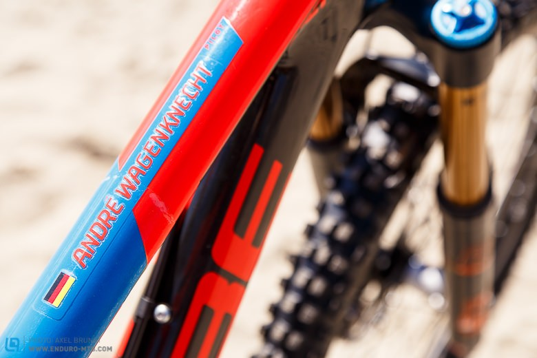 Personalised decals and no bottle cage: in their details both bikes are customised to each team rider.
