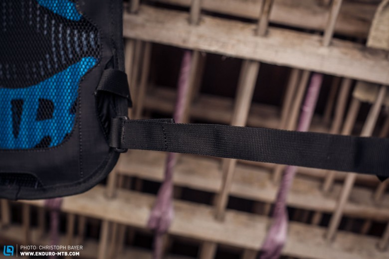 Unlike the 12L model, EVOC have opted for a skinnier waist belt on the more compact 3L model, as the smaller pack will carry less weight and this has meant that ventilation has been yet further improved.