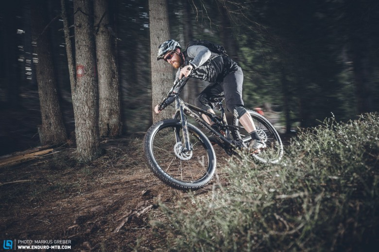 Incredibly precise! Despite the big-volume tyres, it feels brilliantly precise and direct on the trails.