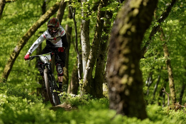 Ludovic OGET, the young talented rider beats all the EWS riders and got the 2nd position!