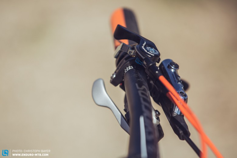 Scott's own TwinLoc lever system works flawlessly, adjusting both the FOX 32 CTD forks and ...