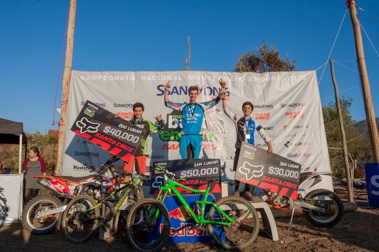 Pedro Burns from Cube Bikes Chile took the tallest block on the podium in Junior