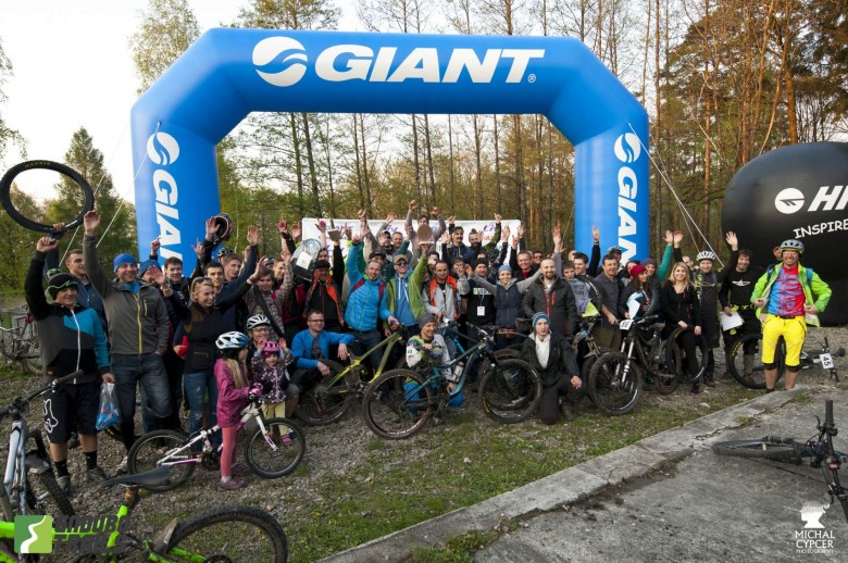 It may have been gloomy weather, but that didn't stop anyone having fun shredding the trails...