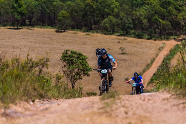 About 200 racers attended the firts round of the Brasil Enduro Series in Nova Lima.