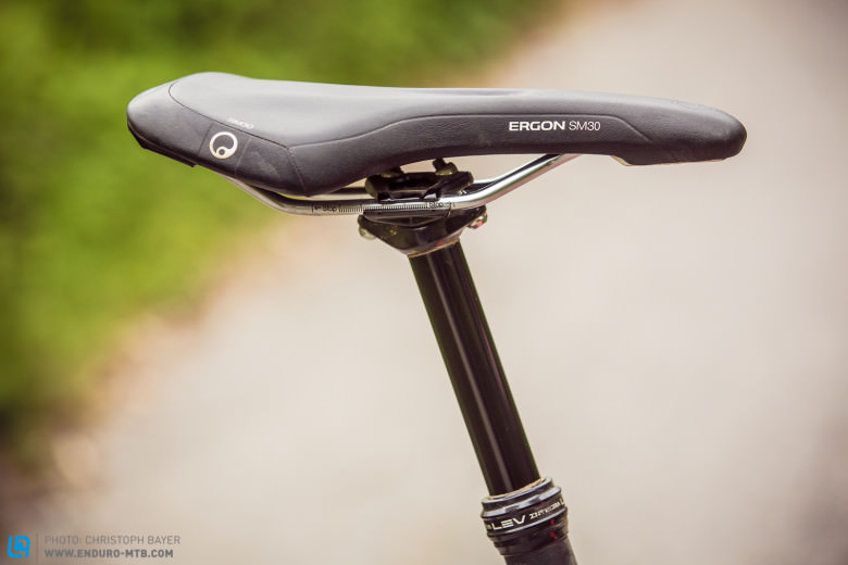 No modern bike is complete without an adjustable seatpost – in this case, a KindShock LEV Integra.