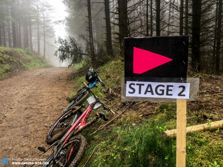 A quick inspection of the very top part of the stages is all we allowed ourselves.