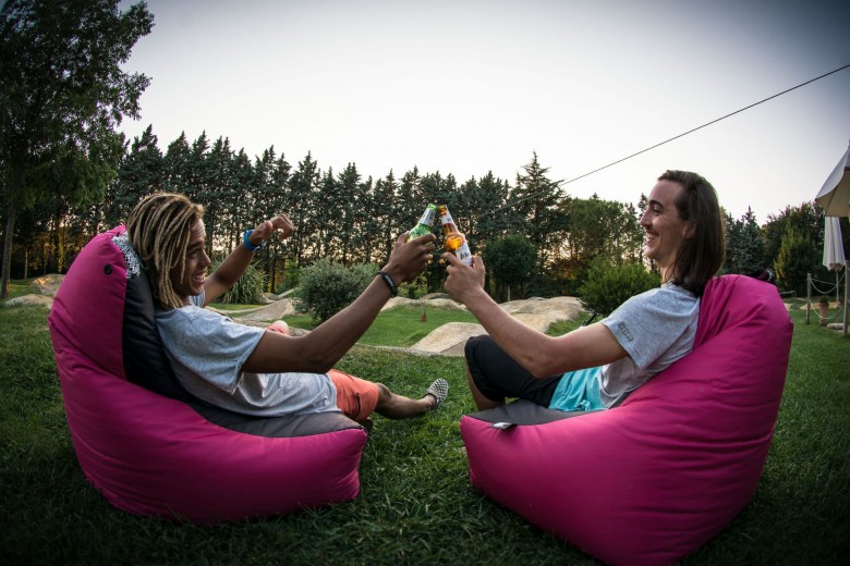 No matter what your sport, this is what it's all about. Chilling out, relaxing with your buddies after a great day out. Is there anything better?