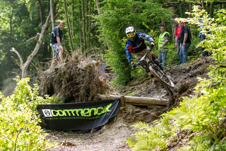 June 13th/14th gave some awesome weather for not only the top flight of the EWS, but local riders from the area.