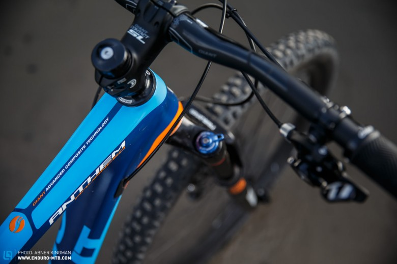 The cool carbon frame with internally routes cables comes in a bright and eye catching colour combo that is well suited to the decals on the RockShox Revelation RL fork and shock.
