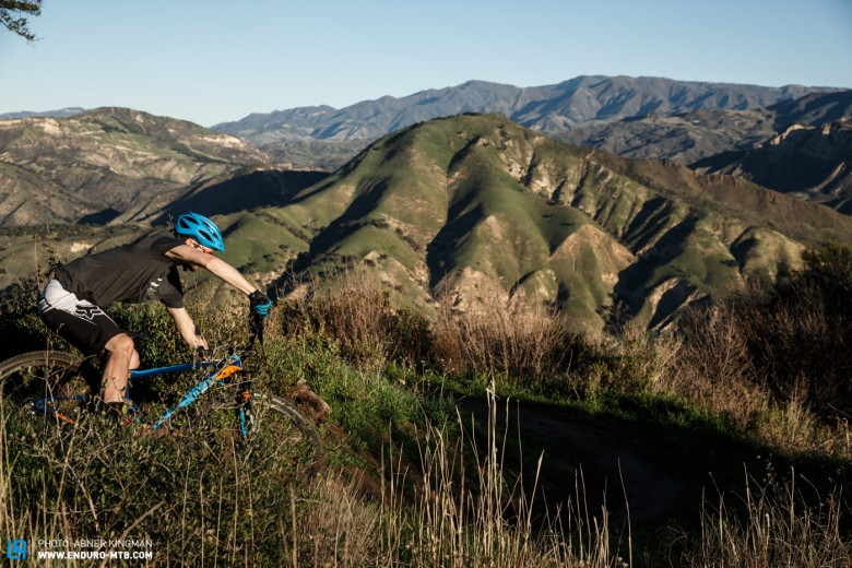 Even being aimed at cross-country, the Anthem Advanced could still shred like an enduro bike.