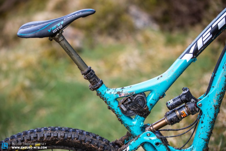 Thomson Elite dropper post and the rare Yeti WTB Devo keep a firm setup even firmer.