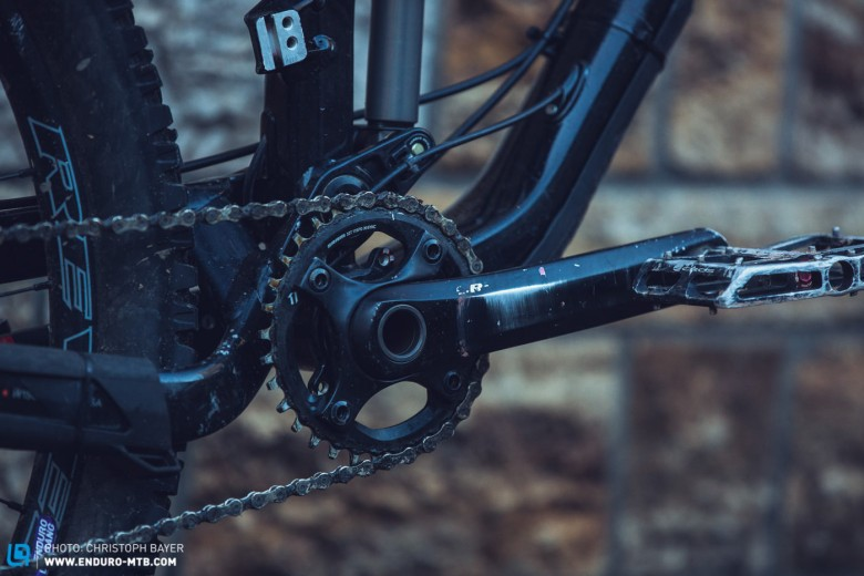 Taking all the advantages from SRAM XX1, the SRAM X1 groupset hits the $961 price mark, substantially lower than its bigger brother.