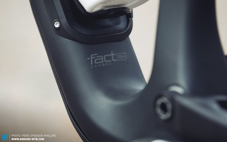 The 'fact 9mm carbon' frame is mated to an M5 alloy rear triangle.