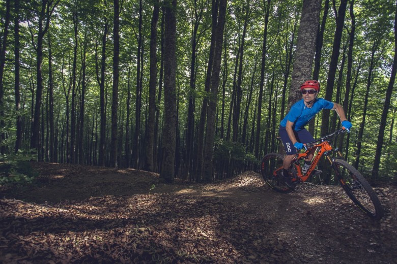 The TR has 120mm travel with Fox Float 32 Factory and 29er wheels