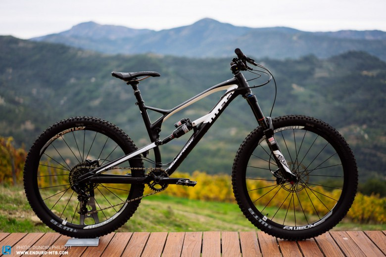 First Ride: The 2016 Nukeproof Mega 275 and 290