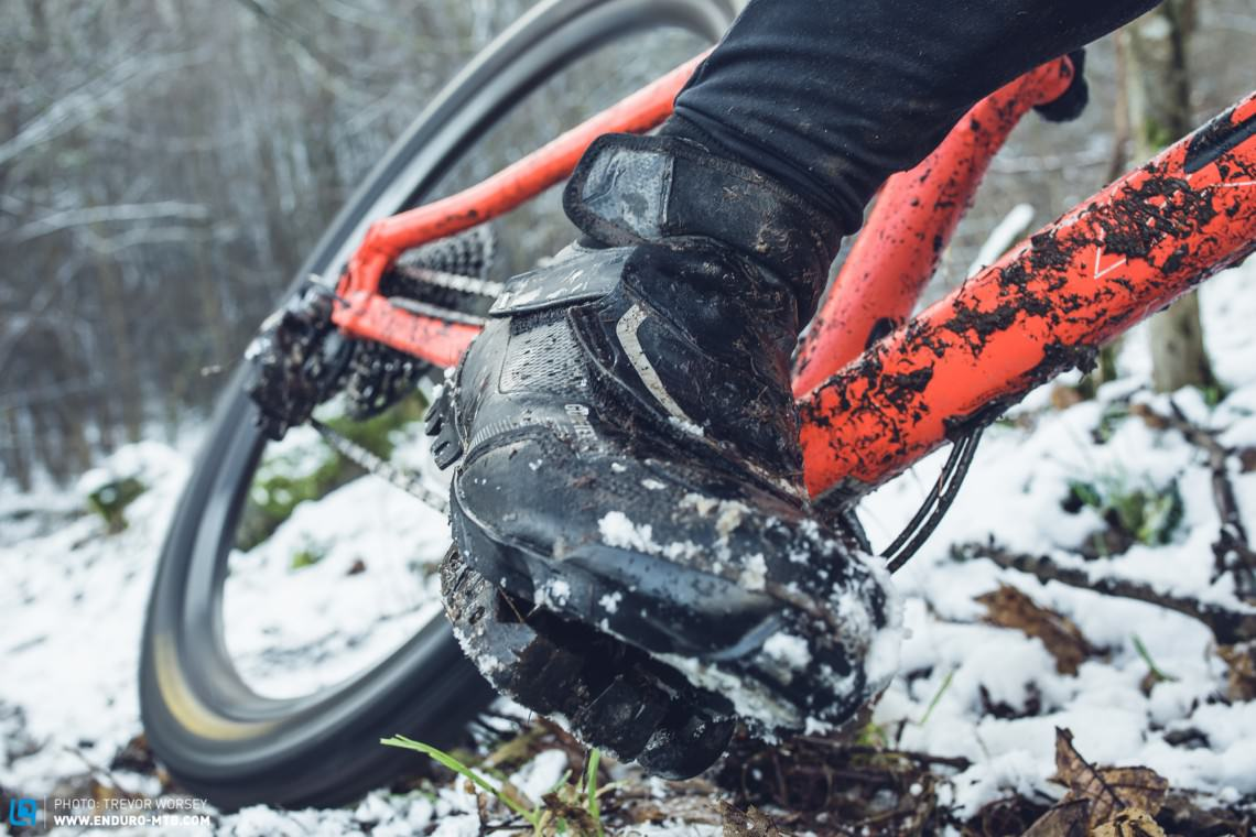 349a3e31cc3 The Best MTB Winter Shoes Tested | ENDURO Mountainbike Magazine