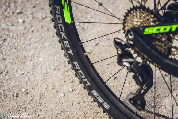 Fast and Furious: 9 short-travel trail bikes in comparison | ENDURO