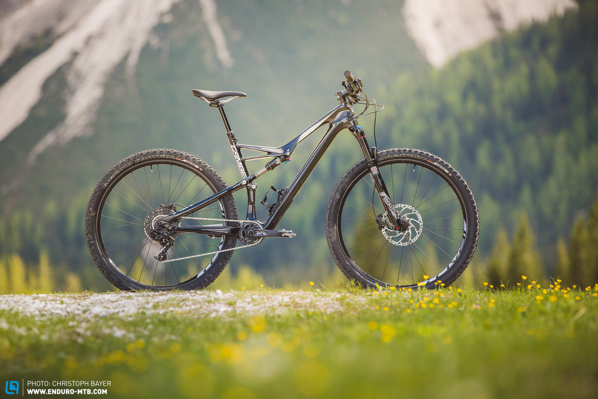 39d08cca4ae Specialized Camber Carbon Comp 29 Review | ENDURO Mountainbike Magazine