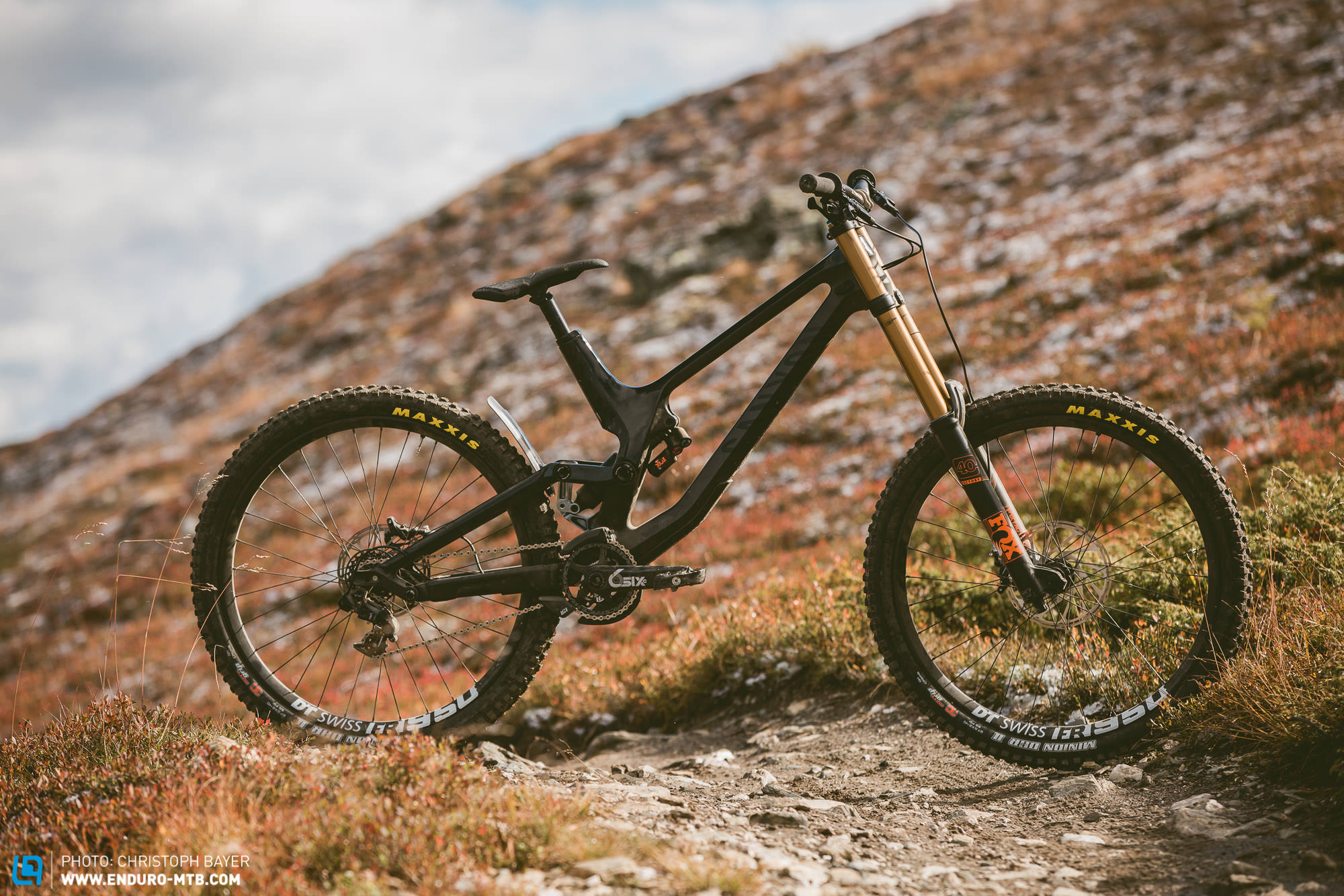 Canyon Sender CF 9 0 Review – When it's time to go big, grab